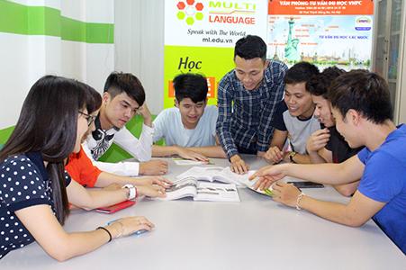 tuyển dụng hành chính nhân sự trung tâm ngoại ngữ Maxlearn